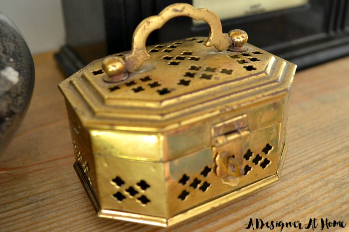 small-brass-chest-jewelry-incense-details