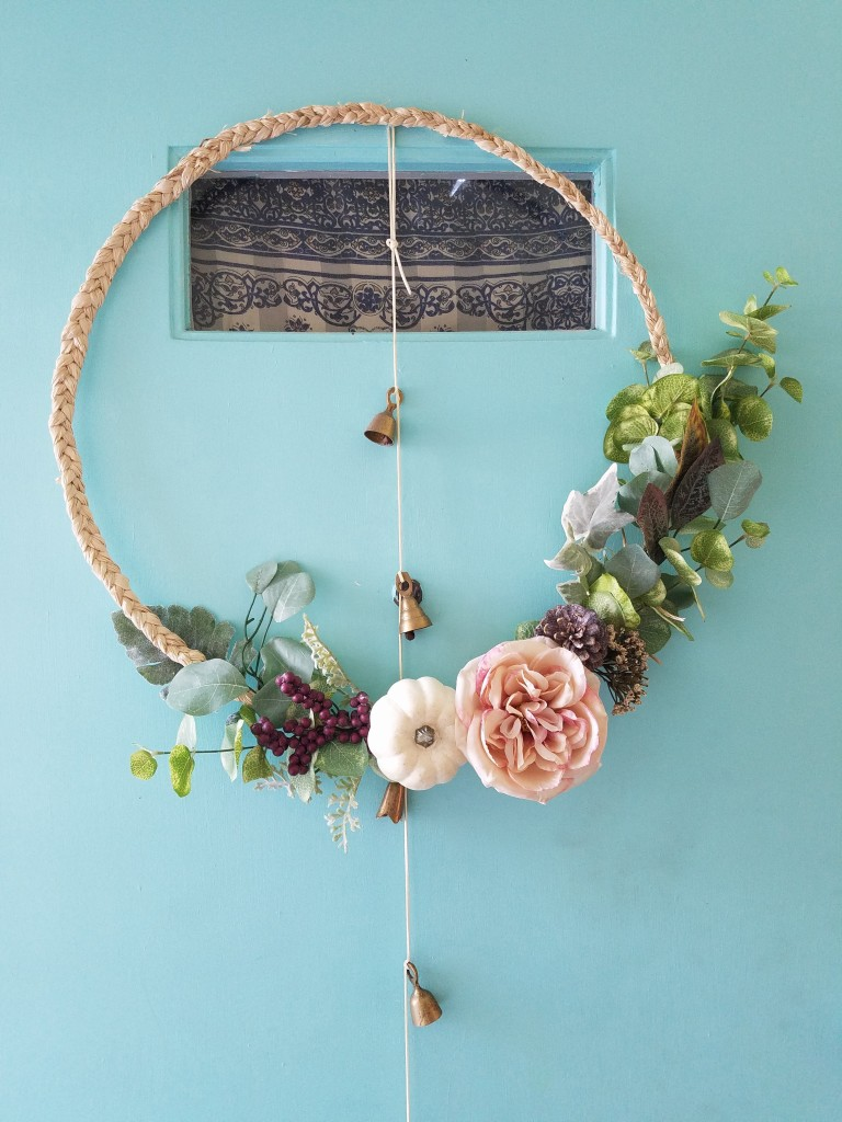 Modern Scandi Boho Fall Wreath - Tutorial via adesignerathome @thebohoabode