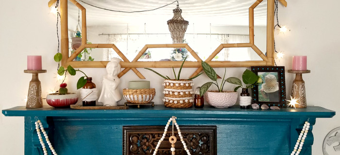 scandi-boho-inspired-winter-decorated-mantel