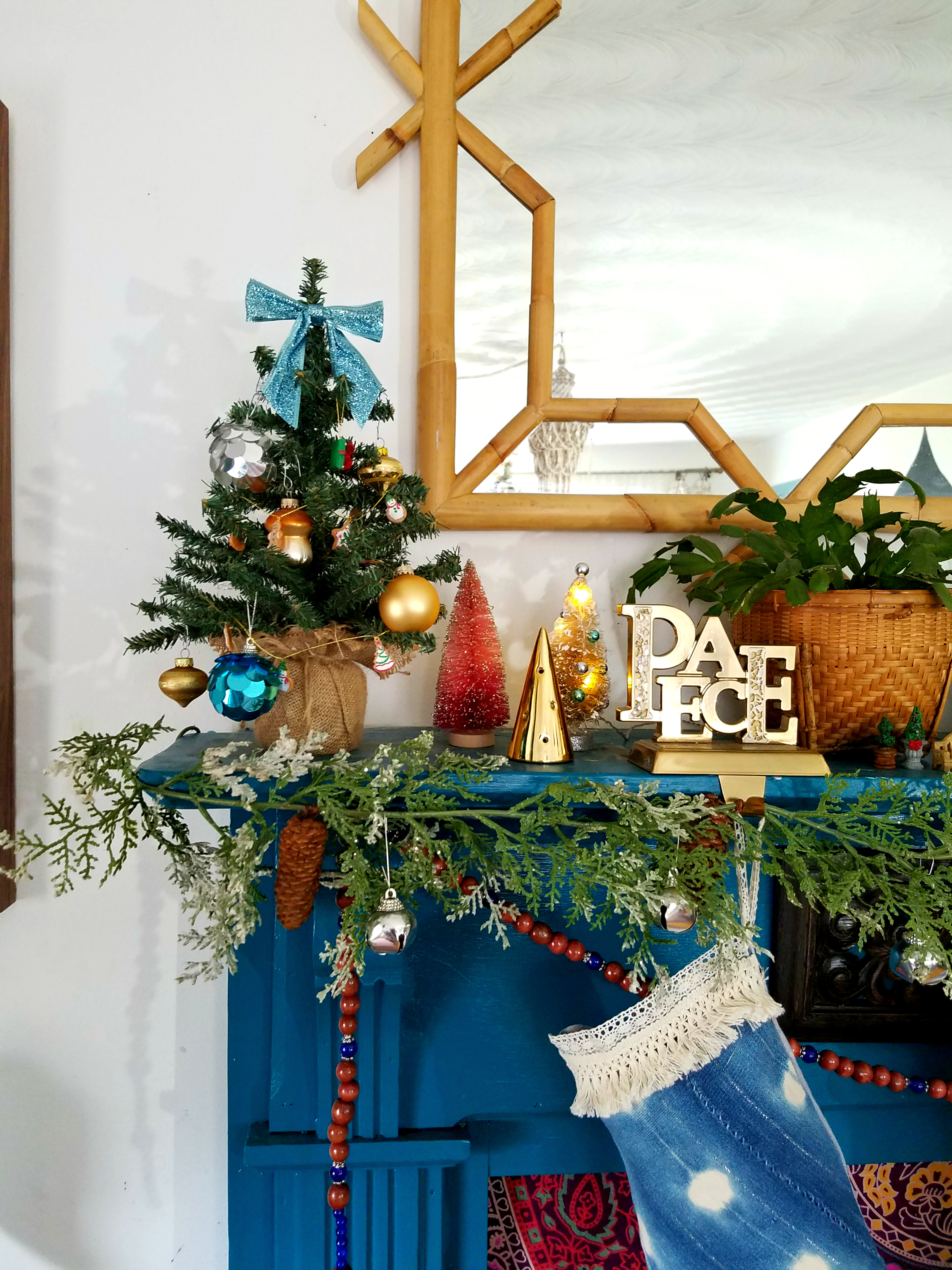 colorful-eclectic-christmas-mantel
